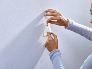Tesa Klevende Spijker voor Behang en Pleisterwerk , verstelbaar, draagvermogen 2 kg, blister van 2 stuks