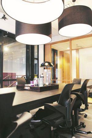 HÅG-Capisco-Puls-8010-ergonomische-bureaustoel_1