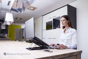 Bakker Elkhuizen laptophouder Ergo-Q 330 sfeerfoto